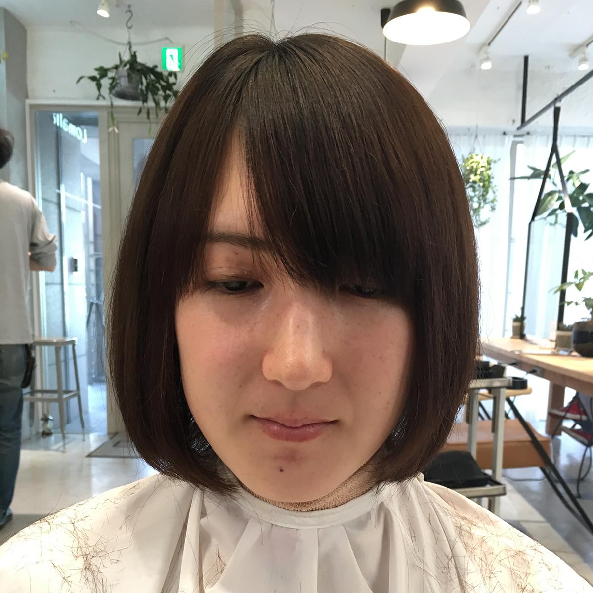 前髪長めのayakaちゃん