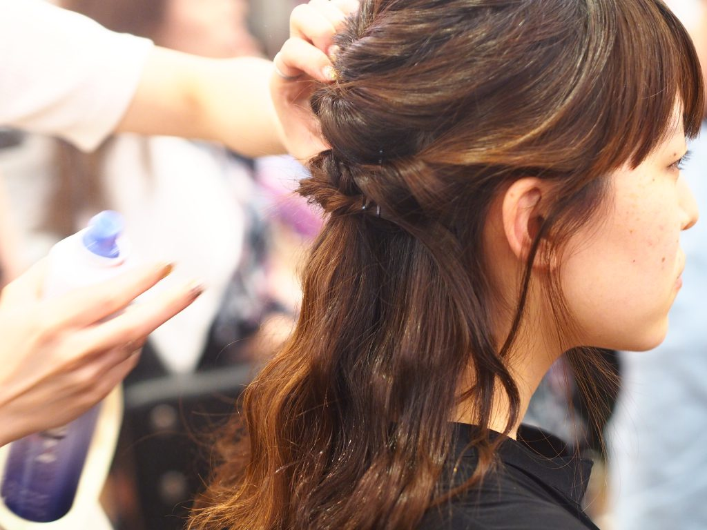 美容師に学ぶヘアアレンジレッスン