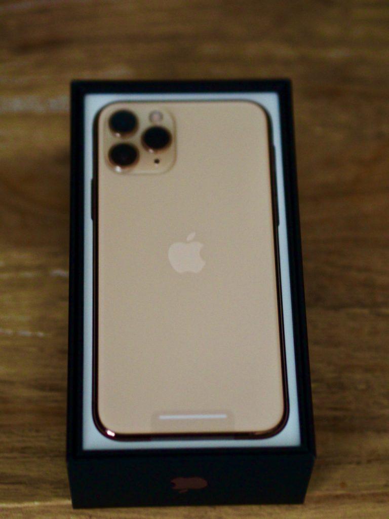 シャッター音 鳴らない iPhone 11 pro 香港版